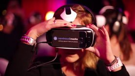 The-Virtual-Reality-Cinema